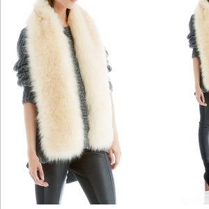 NWOT Long Faux Fur Stole